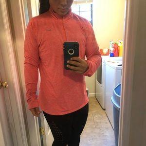Nike 1/4 Zip pullover (women's)